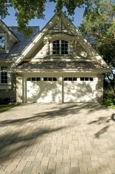 Single-Story Home Design: Garage View (Area Above Garage?) (traditional exterior by John Kramer & Sons, Inc.)