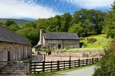 Brecon Beacons Holiday self catering, Talybont-on-Usk, tel. 01874 676416