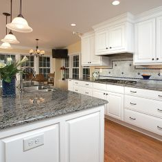 What Countertop Color Looks Best with White Cabinets? | White ...