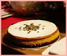 Tekvicovy Cheesecake!U nas trochu nezvykle, ale oplati sa vyskusat! Pumpkin Cheesecake! Best Cheesecake, Cheesecakes, Desserts, Food, Tailgate Desserts, Deserts, Essen, Cheesecake, Postres