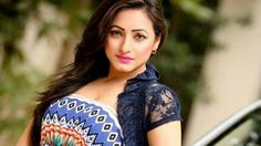 হঠৎ কন আয়নবজ দখই  সনময় আগরহ হয়  উঠলন  সজন   Aynabaji Movie [Must See]