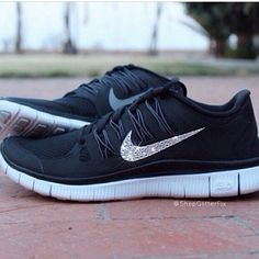 Black Nike running shoes with sparkle. Luv