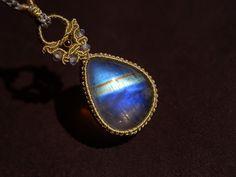 ムーンストーン 天然石ネックレス