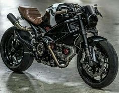 I know we literally just featured a Monster 795 from Tony's BIKE Design in Bangkok Thailand a few days ago, but I think this 796 build is worth it. Ducati Cafe Racer, Ducati 796, Moto Ducati, Moto Bike, Cafe Racer Motorcycle, Motorcycle Design, Bike Design, Women Motorcycle, Motorcycle Helmets