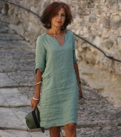 Linen dress green – Linen dress green Source by – – Kleidung Simple Dresses, Casual Dresses, Fashion Dresses, Linen Dresses, Cotton Dresses, Linen Summer Dresses, Casual Tops For Women, Mode Outfits, Green Dress