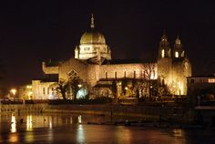 Irish Entertainment News and Gossip from Ireland and Abroad Irish Christmas, Irish Culture, Great Memories, Ireland Travel, Taj Mahal, Cathedral, Places To Visit, Europe, April 2nd