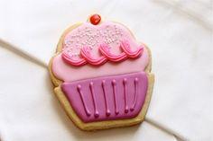 Cute cupcake cookie