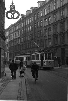 Elmegade on Noerrebro ( Nørrebro). A tram route number three comes along , and the bakers guild seen in the air. Kingdom Of Denmark, Odense, Copenhagen Denmark, Back In Time, The Good Old Days, Places To Visit, Street View, Good Things, By