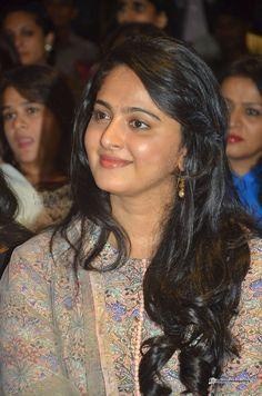 Anushka-Shetty-at-The-Dance-of-Durga-Book-Launch--(6)