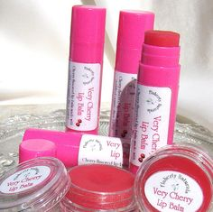 My very cherry lip balm is a pink natural lip balm with a natural cherry scent and taste. I make my natural cherry beeswax lip balm with Certified Organic Shea butter and moisturizing botanical oils. Its tasty cherry flavor and dark pink tint come from cherry and beet root powders that have been infused in Jojoba oil. This creamy organic lip balm leaves a natural light pink tint on the lips and kisses them with a slight gloss that gives your lips a healthy, natural look. $4.00 in my Etsy…