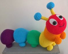 Caterpillar amigurumi crochet pattern