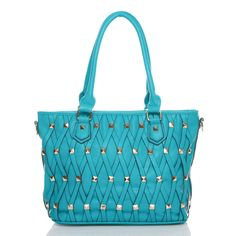 Turquoise is back and more eye catching than ever