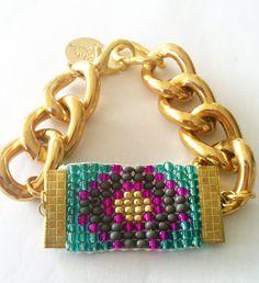 Γεια, βρήκα αυτή την καταπληκτική ανάρτηση στο Etsy στο https://www.etsy.com/listing/168156418/the-sign-woven-bead-bracelet-with-chunky