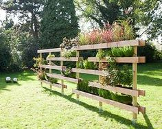 Sehe dir das Foto von Bea-Gassner mit dem Titel Natürlicher Gartenteiler den man auch für den Kräutergarten nutzen kann und andere inspirierende Bilder auf Spaaz.de an.