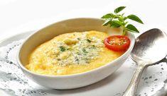 Polenta al gorgonzola   un piatto tradizionale rivisitato eccezionale Polenta Frita, Cheeseburger Chowder, Soup, Recipes, Tasty Food Recipes, Kale Soup, Mayonnaise, Cheese, Blue Cheese
