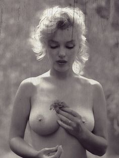 Oh my! (MM) Marilyn Monroe - http://dunway.com/