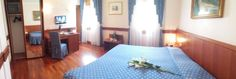 Camere Grandi con lettone matrimoniale ampio
