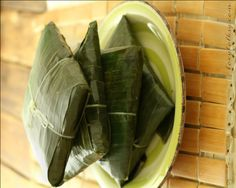 Filipino Tamales is made of ground rice, coconut milk and various toppings like chicken, ham, nuts and egg. Try this Kapampangan rice dish delicacy recipe. Filipino Desserts, Filipino Recipes, Asian Recipes, Filipino Food, Healthy Recipes, Healthy Food, Tikoy Recipe, Some Recipe, Chicken Ham