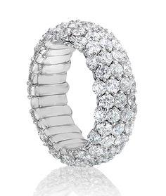 Cellini Jewelers 18 karat white gold Stretch Diamond Ring - Govind Soni.