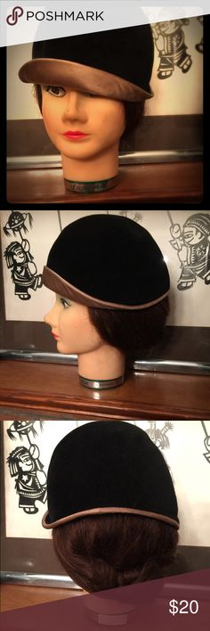 ✨✨Vintage Velvet Chapeau 💋💄🕶 Velvet goodness with champagne silk lined..made in the 60's in more than vintage condition.Nice quality🌺✨✨ Accessories Hats