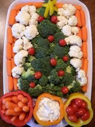 cute xmas tree vegetable platter