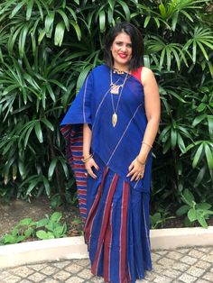 Saree for casual dinner Casual Dinner, Gandhi, Indian Wear, Personal Style, Wrap Dress, Product Description, Saree, How To Wear, Dresses
