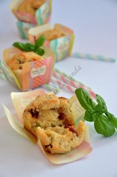Muffin pomodori e basilico, ricetta lievitati | Miele di Lavanda