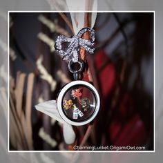 Origami Owl Fall / Thanksgiving Locket idea. Contact me to place your order, or you shop on line at http://charminglucket.origamiowl.com/  Love jewelry, especially Origami Owl jewelry than Join my teem for great business opportunities!! Contact Kasia at CharmingLucket@gmail.com Like me on Facebook https://www.facebook.com/CharmingLucket
