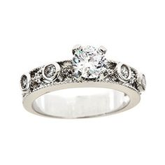 So beautiful, I want this ring, even if I have to buy it myself! :)