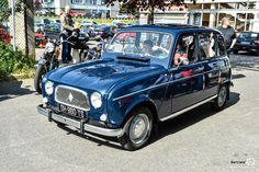 #Renault #R4 au rassemblement mensue de Beynes. #MoteuràSouvenirs Reportage : http://newsdanciennes.com/2016/05/10/soleil-belles-autos-anciennes-beynoises/ #ClassicCar #Voitures #Anciennes