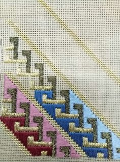 new embroidery techniques texture patterns Broderie Bargello, Bargello Needlepoint, Needlepoint Stitches, Plastic Canvas Stitches, Plastic Canvas Crafts, Plastic Canvas Patterns, Hardanger Embroidery, Cross Stitch Embroidery, Embroidery Patterns