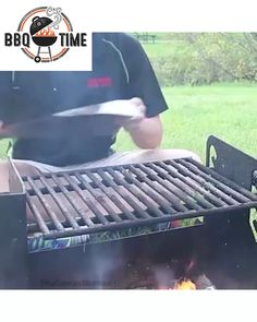 Grilling Tips, Grilling Recipes, Bbq Shop, Home Fix, Home Gadgets, Bbq Party, Camping Checklist, Vintage Tools, Barbacoa