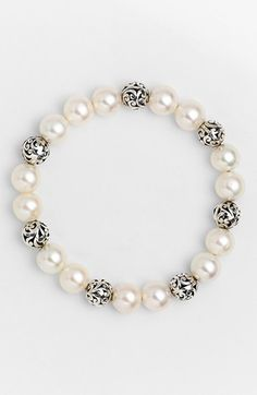 Lois Hill 'Beach' Pearl Stretch Bracelet. So elegant.