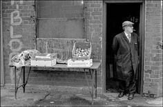 Small fruitseller obliged to barricade his window and have H-Block graffiti on his wall Ian Berry, Magnum Photos, Belfast, Historian, Ireland, Graffiti, Saints, Tours, Window