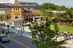 """RIDGE HILL:  Westchester County's """"Town Square"""""""