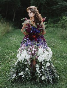 """greenweddingshoes: """" A totally wearable dress made of fresh flowers?! We love how creative the wedding community can be! See so much more: http://greenweddingshoes.com/a-dress-made-of-flowers/ """""""