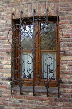 Bellisimo Faux Balcony | Balcones, Herreria artistica y ... - photo#38