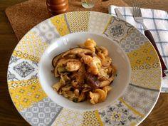 GIGLI CON SHIITAKE Y LANGOSTINOS by De Buena  Mesa @Cookbooth http://www.cookbooth.com/recipe//gigli-con-shiitake-y-langostinos-103900