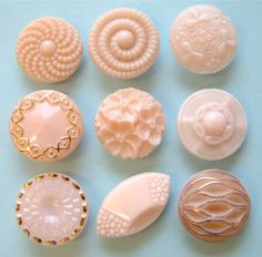 9 Vintage Baby Pink Carved & Gilded Glass Buttons 19mm-24mm in Collectables, Sewing/ Fabric/ Textiles, Buttons | eBay