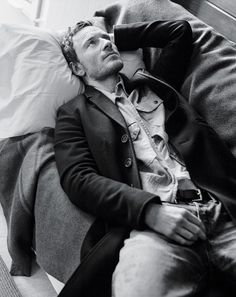 Michael Fassbender links up with photographer Bruce Weber and stylist Joe McKenna to shoot the fall 2015 men's fashion cover story of the New York Times' T… Charles Xavier, Elizabeth Taylor, Michael Fassbender And Alicia Vikander, Magazine Man, Bruce Weber, Cherik, Slash, Star Wars, Nicholas Hoult