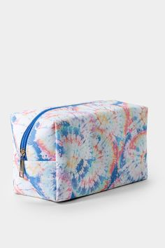 Pastel Tie Dye Cube Makeup Bag Pastel Tie Dye, Things To Buy, Stuff To Buy, Pencil Bags, Stationary, Cube, Sunglasses Case, Illustrator, Watercolor