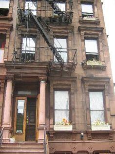 facade-du-uptown-hostel.jpg (337×450)