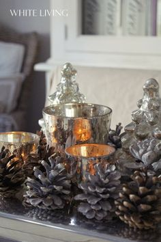 White living: first christmas decoration