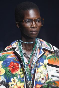 Gucci Spring 2018 Ready-to-Wear Collection Photos - Vogue