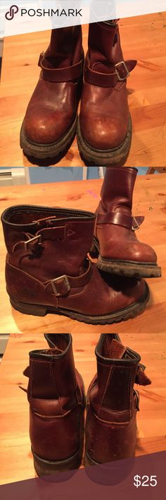 Skechers brown all leather Moto ankle boots Skechers brown all leather moto ankle boots; great boots for all weather, warm, functional and stylish. Great grip sole. Gently worn, looks great with jeans and leggings. Very Stylish. Skechers Shoes Combat & Moto Boots