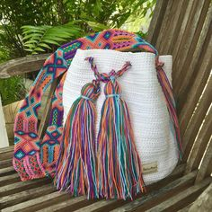 Otomiartesanal Mayan Morral Mochila bag image 6 Friendship Bracelet Patterns, Friendship Bracelets, Woven Bracelets, Embroidery Techniques, Handmade Bags, Hand Knitting, Hobbit, Weaving, Etsy
