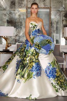 #MeuVestidoDeNoiva ♥♥♥♥♥ Romona Keveza Fall 2016 Wedding Dresses