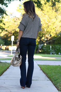The Perfect Flares - Love these flares for fall with some wedges | adoubledose.com