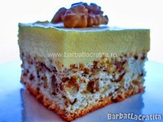 Cake with walnut recipes and vanilla cream Source by Desserts For A Crowd, Easy Desserts, Dessert Recipes, Hungarian Cake, Walnut Recipes, Cake Factory, Romanian Food, Cake Cookies, Food And Drink