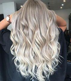 blonde hair Icy Blonde Balayage on long hair Blonde Hair Looks, Icy Blonde, Ash Blonde Hair, Platinum Blonde Hair, Blonde Color, Blonde Foils, Grey Hair, Blonde Balyage, Blonde Balayage Highlights